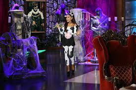 grande costume pics grande s cow costume proof she can make anything