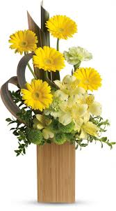Small Flower Arrangements Centerpieces Best 25 Corporate Flowers Ideas On Pinterest Modern Flower