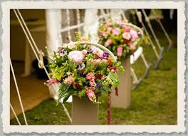 wedding flowers for guests 20 best stretch tent flowers images on tent tents and