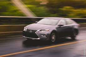 lexus sedan vs acura sedan 2016 lexus es 350 comprehensive review