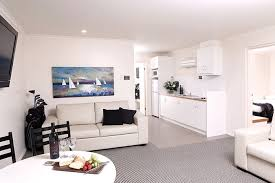 cheap two bedroom apartment swan hill apartments super deluxe 2 bedroom murray downs resort