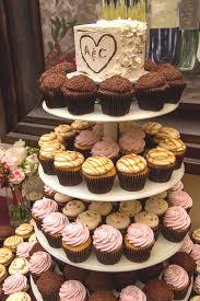 mini wedding cakes groom magazine mini wedding cakes and