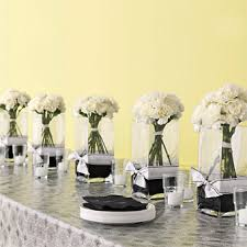 Wedding Flowers Table Decorations These Diy Projects Were Easy U2014centerpieces Of River Rocks And