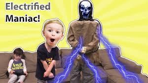 spirit halloween coupon code 2015 electrified maniac animatronic spirit halloween animatronics