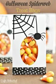 diy halloween treat bags tutorial crafts unleashed diy