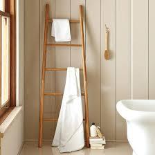 holzmöbel badezimmer handtuchleiter holz 35 reizende badezimmer im landhausstil