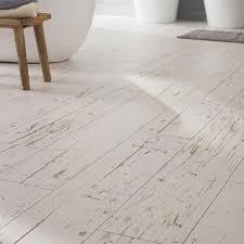 sol vinyl pour cuisine revetement sol cuisine lino carrelage wood chester 20 x 120 cm