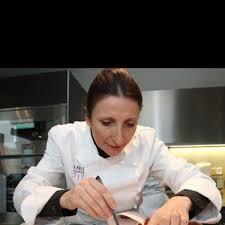 chefs de cuisine celebres les 10 femmes chefs à connaître et admirer l express styles