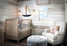 chambre en lambris bois deco cagne chic chambre decoration revetement mural lambris