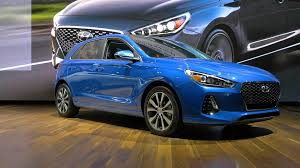 hyundai compact cars a new hyundai accent arrives next week with baby elantra styling
