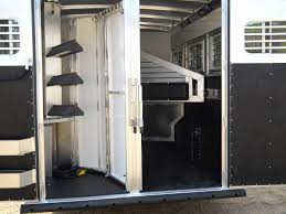 2012 elite trailer horse gneck living qtrs the horse trailer company