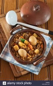 jüdische küche traditional sabbath meal stockfotos traditional