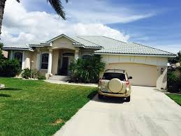 need ideas for exterior house paint live in sw florida