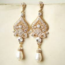 and pearl chandelier earrings gold pearl chandelier earrings mix and match the gold chandelier