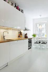 White Gloss Kitchen Ideas Best 25 Gloss Kitchen Cabinets Ideas On Pinterest Grey Gloss