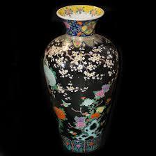 description palace size porcelain famille verte vase features