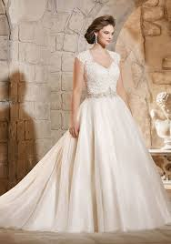 plus size bridal gowns best plus size wedding dresses shop beautiful wedding gowns for