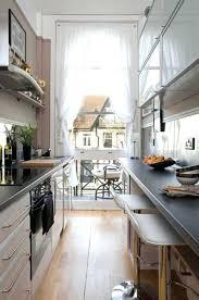 cuisine longueur cuisine en longueur style industrielle amenagement ouverte
