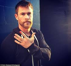boys who wear long hair and nails chris hemsworth to wear nail polish in support of caign to end