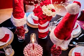 these adorable candy cane centerpieces will bring santa to the