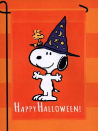 garden flag snoopy peanuts happy halloween witch hat costume