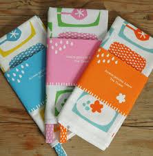 bright simple tea towels screen printed estampa pinterest