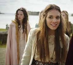 reign tv show hair beads best 25 reign hair ideas on pinterest movies adelaide reign