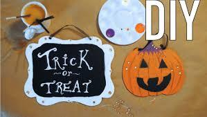 diy halloween signs youtube
