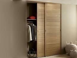 porte de cuisine en bois porte de placard coulissante bois portes en sur idee deco interieur