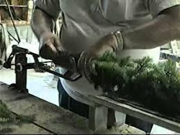 using the kelco cranked garland machine