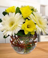 flower centerpieces furniture flower vases for centerpieces using yellow white