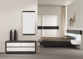 meuble blanc chambre chambre à coucher de chez univers du meuble photo 7 10 joli