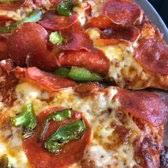 round table pizza keizer oregon round table pizza 29 photos 49 reviews pizza 6055 ulali