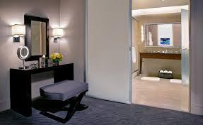 hotel suites in chicago trump chicago deluxe suites chicago