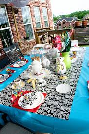 Christmas Table Cloths by Inexpensive Tablecloth Idea The Polkadot Chair