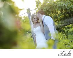 photographers in okc photographers in okc clauren ridge vineyard winery wedding