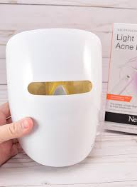 does neutrogena light therapy acne mask work acne light therapy at home dream a little bigger