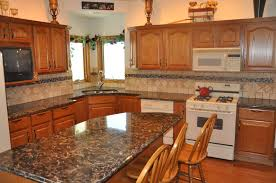 what color quartz goes with oak cabinets and stainless appliances quartz countertops with oak cabinets page 1 line 17qq