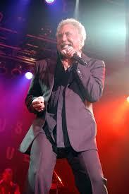 tom jones singer wikipedia