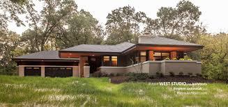 prairie home style hillside house prairiearchitect