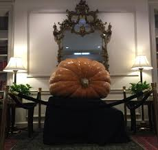 halloween hawthorne hotel