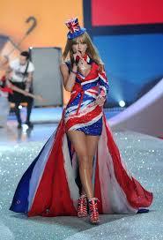 Uk Flag Dress Taylor Swift Plays Victoria U0027s Secret Fashion Show Taylor Swift