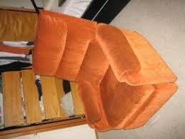 cost to ship orange recliner from los altos to milwaukee