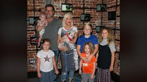 tori spelling and all 5 of her kids share sweet family day