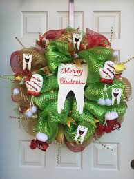 tooth wreath for dental decor with