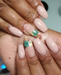 she nail salon