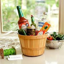 bloody gift basket 10 gorgeous diy gift basket ideas bloody mix kitchen