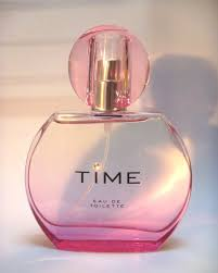 lulu time perfume perfect christmas gift for mum girlie gossip
