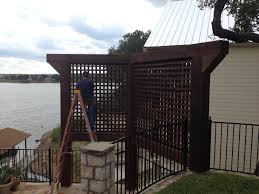 cedar privacy screens for a backyard retreat
