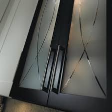 glass mullion kitchen cabinet doors mullion and glass cabinet doors masterbrand